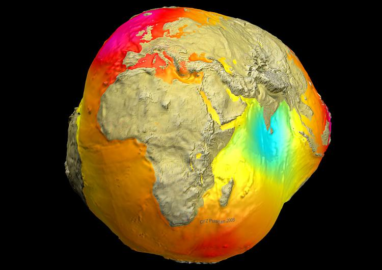 The Space Stuff thread-geoid2005_champgrace_960.jpg