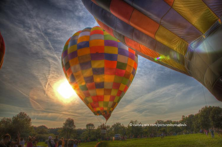 Click image for larger version.  Name:BALOONS 1205 .jpg Views:57 Size:217.6 KB ID:23748