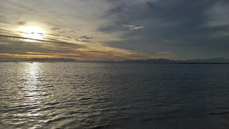 User created wallpapers-sunset-beach.jpg