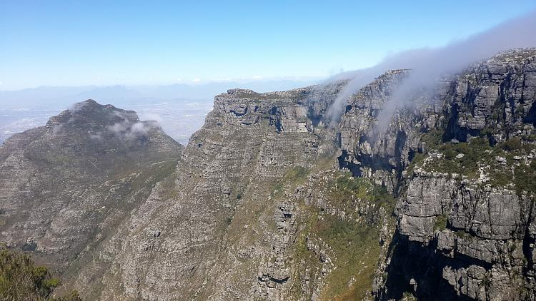 User created wallpapers-table-mountain-01-1920x1080.jpg