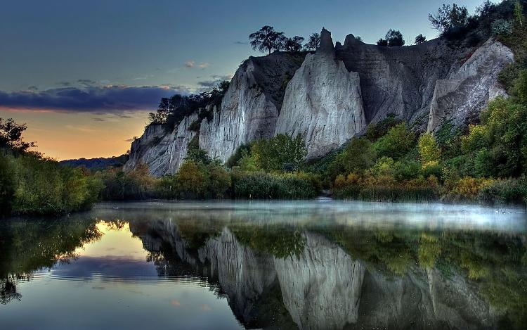 Click image for larger version.  Name:best-hdr-photograph-mountain-reflection-nature-wallpapers.jpg Views:1195 Size:453.6 KB ID:7241