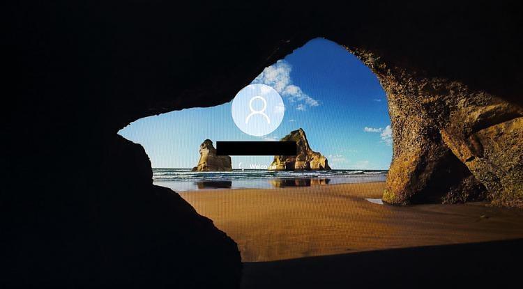 windows 7 logon screen background size