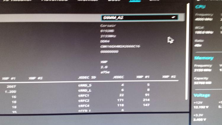 Old 2x8 GB DDR4 ram runs dual, 'new' only Single? Mobo screwed