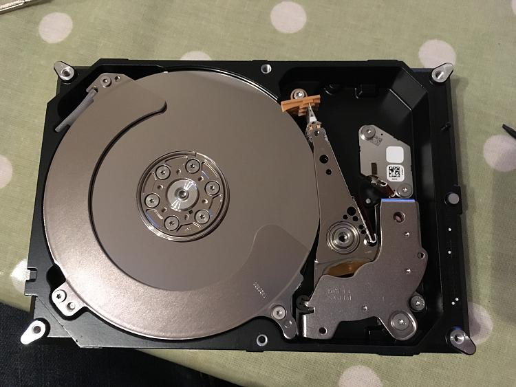 Seagate Barracuda 3GB no longer being properly recognised, and beeping-img_2394.jpg