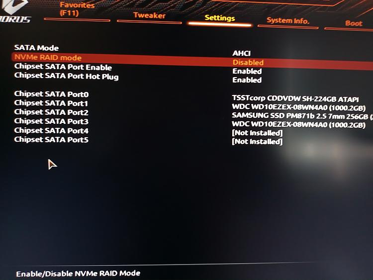 Samsung Magician shows SATA AHCI Deactivated. UEFI show the opposite-ahci-enabled.jpg
