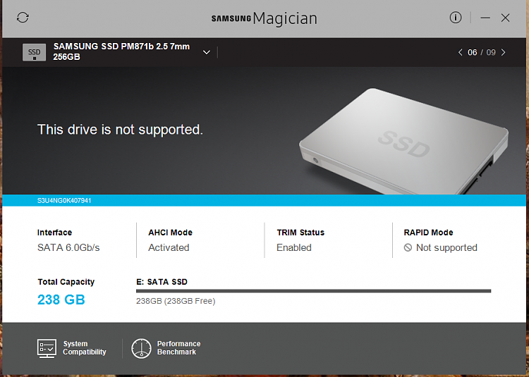 Samsung Magician shows SATA AHCI Deactivated. UEFI show the opposite-ahci.png