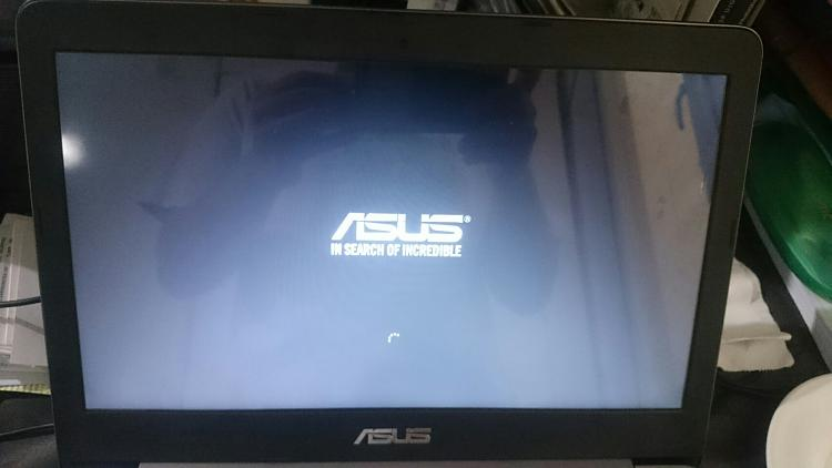 ASUS Laptop stuck on ASUS Logo with spinning circle under it