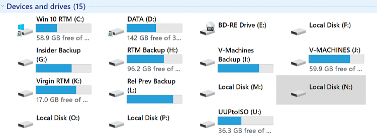 File Explorer Missing Disk Space Readout From Drives With Long Names-2017-10-24_16h11_21.png