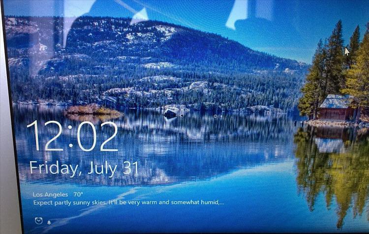 customize-windows-10-lock-screen.w1456[1].jpg
