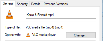 MP4 file opens on personal laptop as XML Document file-2016_08_09_20_51_421.png