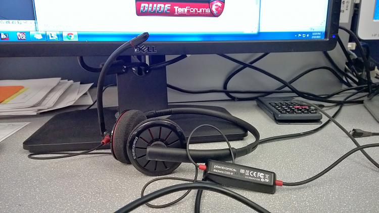 Click image for larger version.  Name:plantronics.jpg Views:22 Size:1.34 MB ID:12566