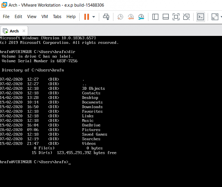 W10 includes BOTH SERVER and Client SSH-ssh2.png