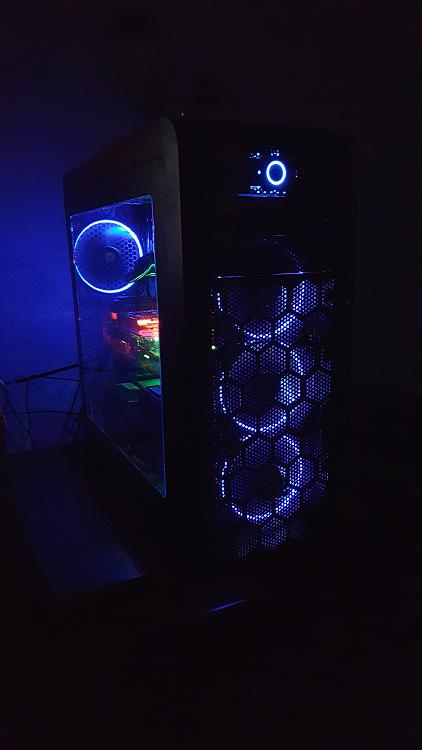 Show off your PC!-000000000000000000.jpg