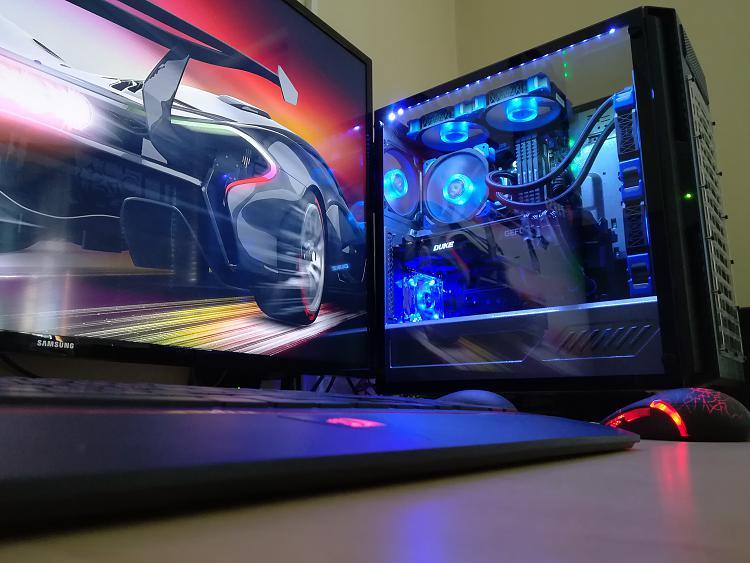 Show off your PC!-duke-2-.jpg