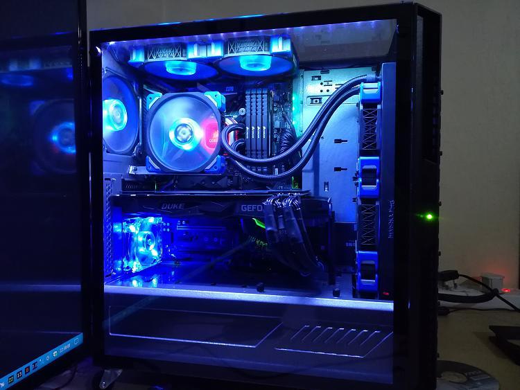 Show off your PC!-duke-5-.jpg