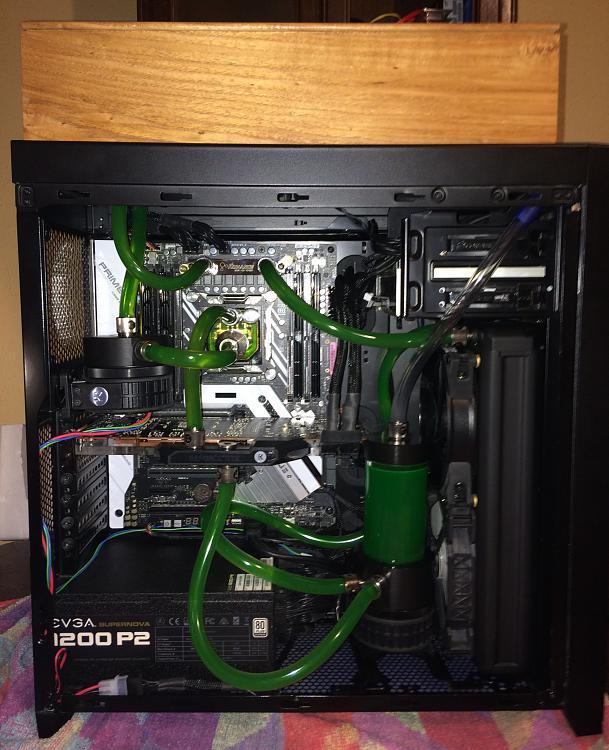 Show off your PC!-x299-rad-box-web.jpg