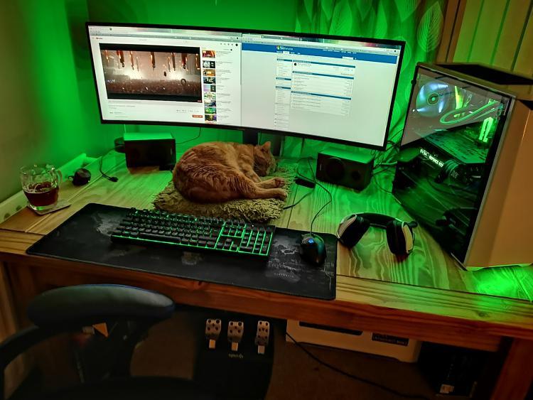 Show off your PC!-light.jpg