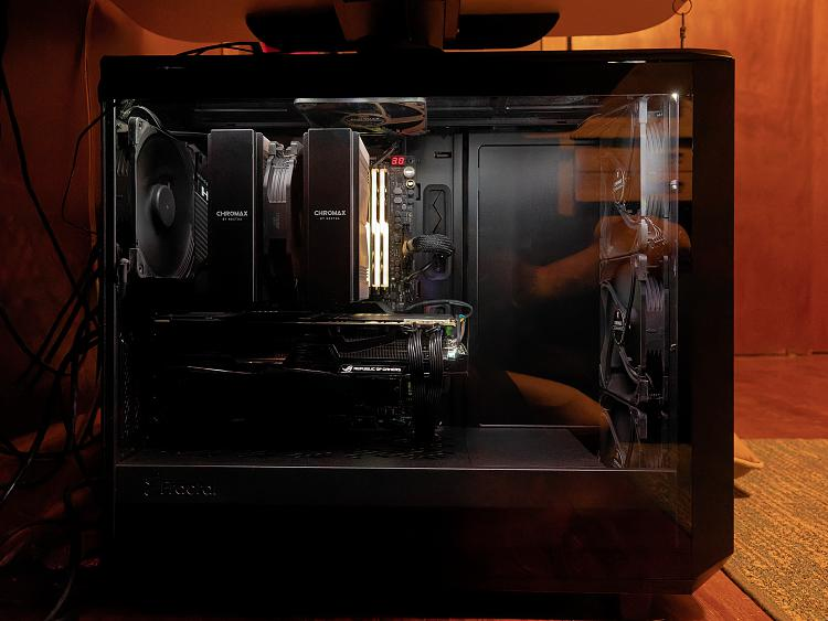 Show off your PC [2] - Page 83 - Windows 10 Forums