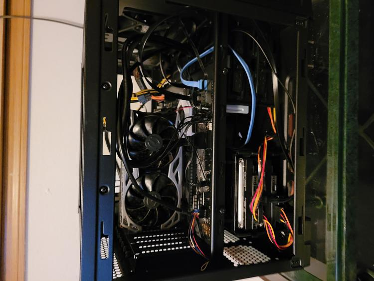 Show off your PC [2]-side1.jpg