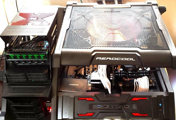 Show off your PC!-5a.jpg