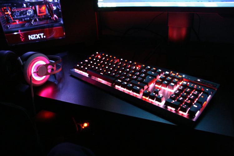 Show off your PC!-tnifxodh.jpg