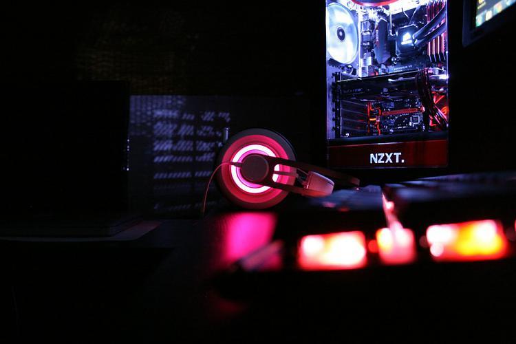 Show off your PC!-zih0bzqh.jpg