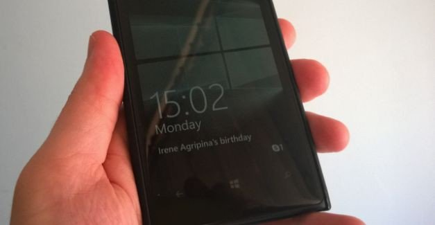 Name:  Windows10_Mobile-glance_screen.jpg Views: 1972 Size:  18.3 KB