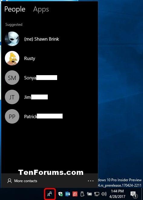 how to put taskbar on bottom windows 10