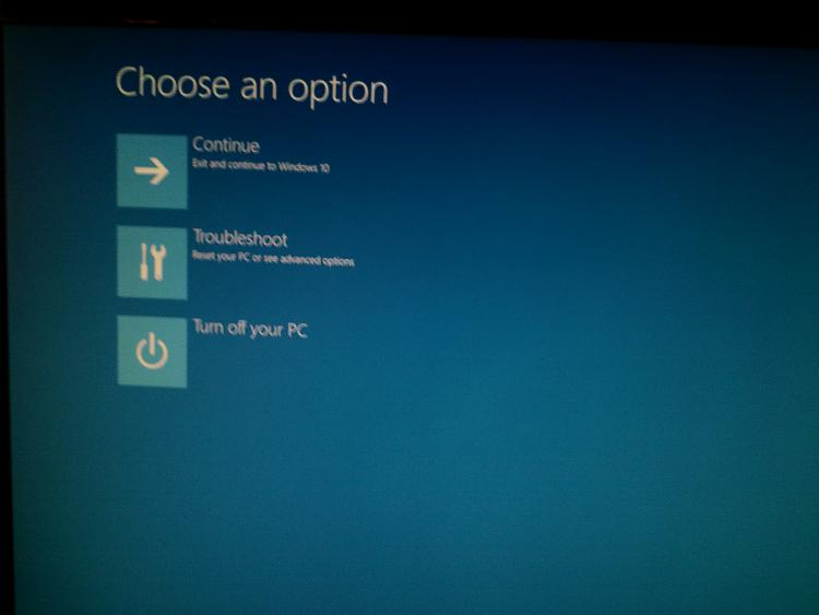 Open Command Prompt at Boot in Windows 10-20151208_014225.jpg