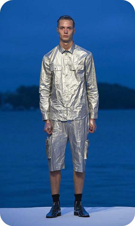 Click image for larger version.  Name:cheap-monday-tinfoil-suit.jpg Views:1 Size:30.9 KB ID:108472