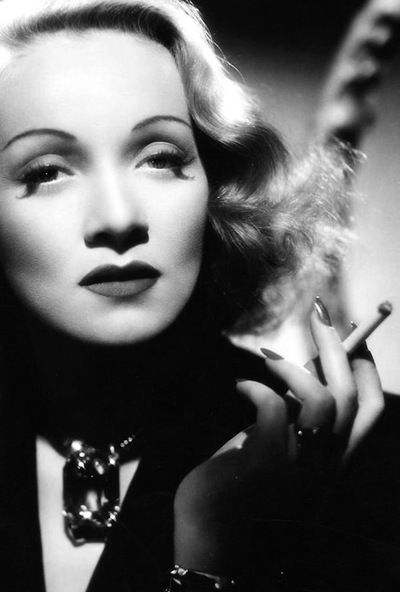 Click image for larger version.  Name:marlene-dietrich-1349032247_b.jpg Views:77 Size:28.3 KB ID:119454