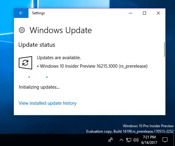 windows 10 initializing updates