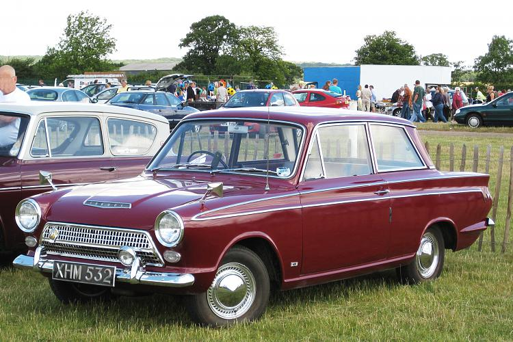 Click image for larger version.  Name:Ford_Cortina_Mark_I_reg_Aug_1963_pre_first_facelift.JPG Views:3 Size:1.44 MB ID:183931