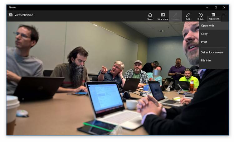 Announcing Windows 10 Insider Preview Build 10158 for PCs-photos-app-1024x622.png