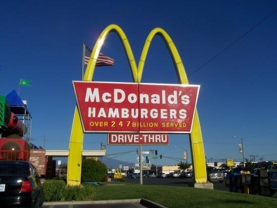 Click image for larger version.  Name:247 Mcdonalds sign.jpg Views:38 Size:61.3 KB ID:34430